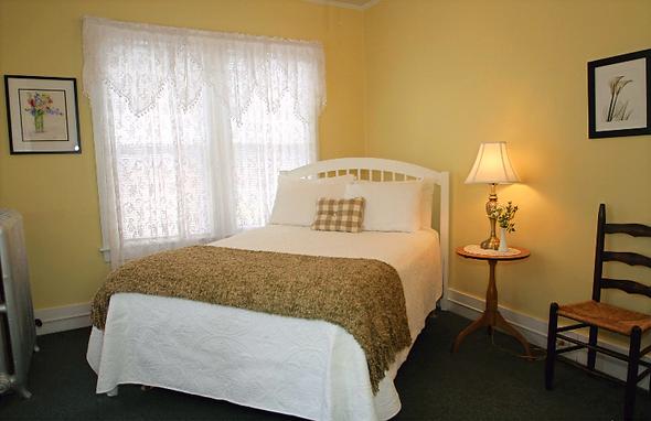 The Fullerton Inn VT Room 2