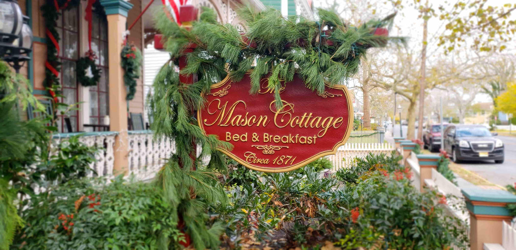 Mason Cottage Christmas Sign