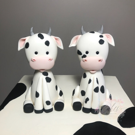 twin cows