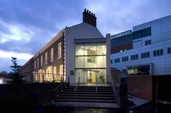 Macmillin Cancer Center, Belfast