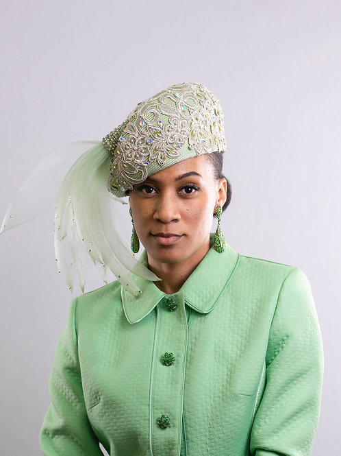 Lace Profile Beret w/ Horsehair Adornment