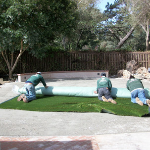 40 Turf is installed by OneLawn, a certi