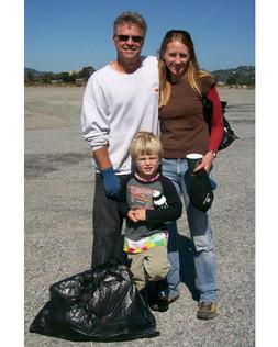 - Coastal Cleanup Volunteers 10.jpg