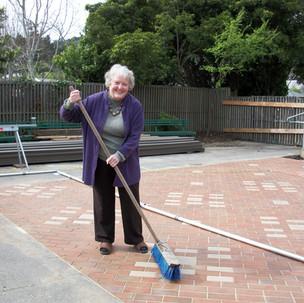 39 Jana Haehl makes sure patio is always