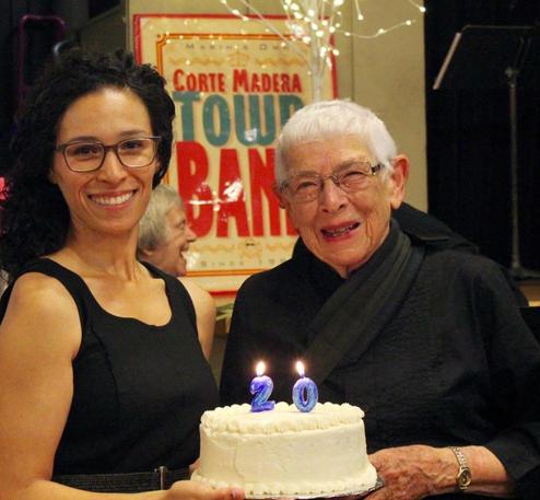 Gwyn Lister with 20th Anniversary Cake.j
