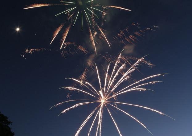 Fireworks 7.JPG