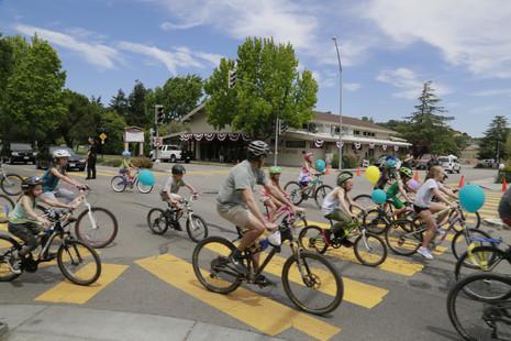 17 - Bike Parade-14.JPG