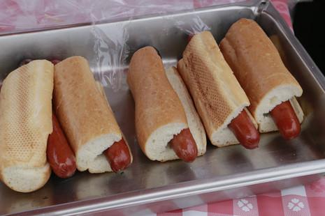 5 - Hot Dog Lunch 2.JPG