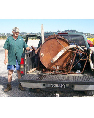 - Coastal Cleanup Volunteers 14.jpg