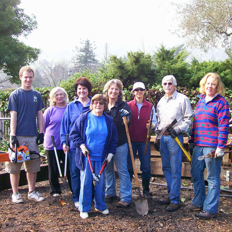 G Volunteer Pruning Crew.jpg
