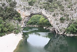 vallon pont d'arc on the river ardeche