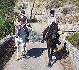 Randonnée équestre Ardèche 2.jpg