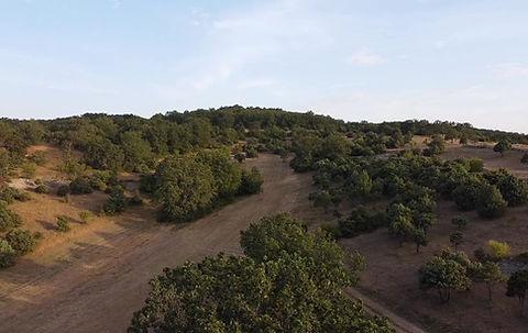 Vue aérienne du site Ferme équestre en Ardèche gîtes chambre d'hôte équitation