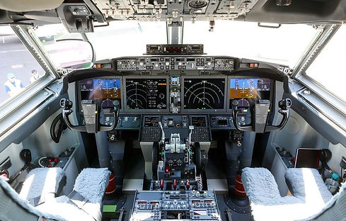 cockpit%20max_edited.jpg