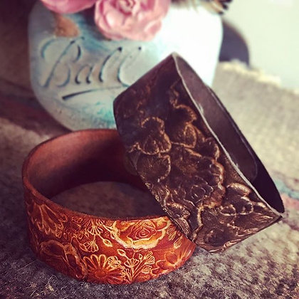 'Rose Wild' Narrow Leather Cuff