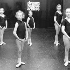 Group Beginners Dance Class