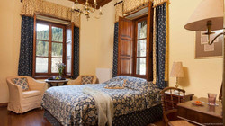 standard-room-11-1024x576