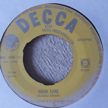 Olusesi Aremu & His Sakara band - Orin Owo [Decca]