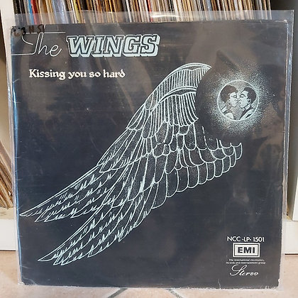 The Wings – Kissing You So Hard [Capital]