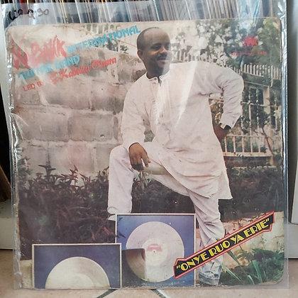 Kabaka International Guitar Band – Onye Ruo Ya Erie [Afrodisia]