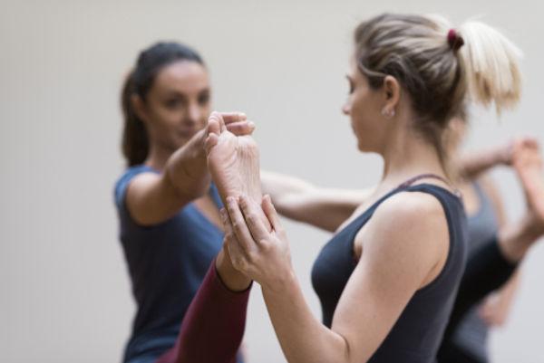 YOM Yogaschule Yogalehrerausbildung.jpg