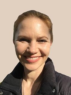 Yvonne%20Beerenbrock_Yamida%20Yogaschule