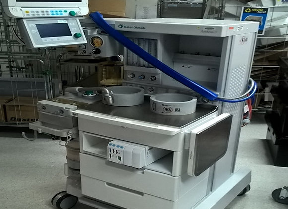 GE Healthcare Aestiva Anesthetic Machine with monitor and Module rack