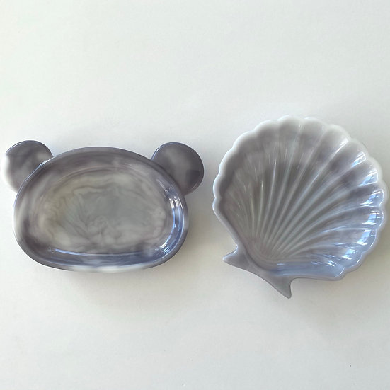 Resin Trinket/soap dish