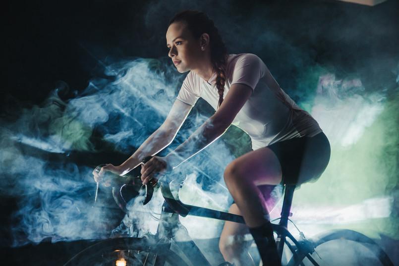 pexels-munbaik-cycling-clothing-5851030.