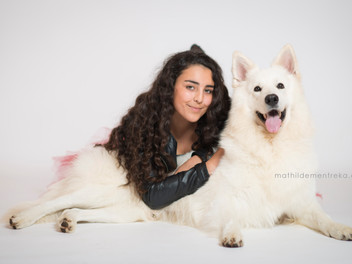 Funny Girls & Dogs