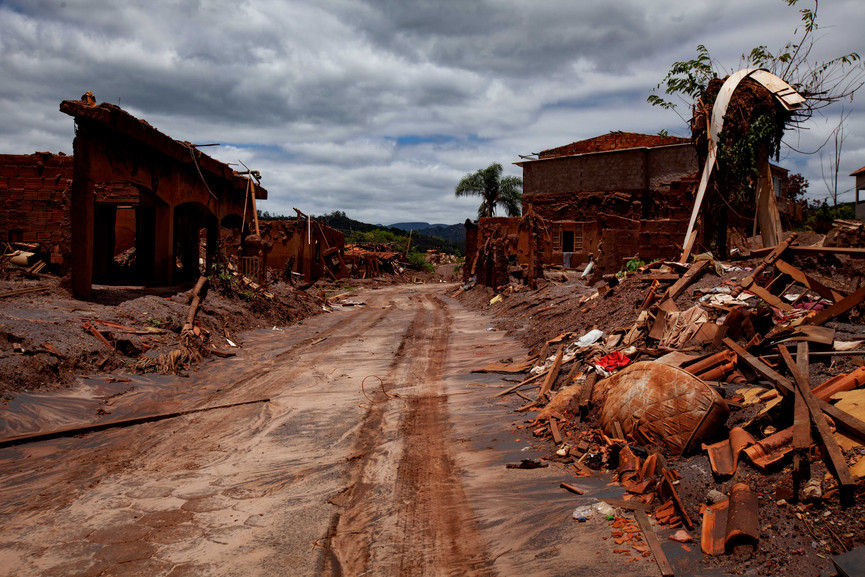 The mudslide cost the lives of 19 people and displaced 600 civilians in the town of Bento Rodrigues. Many others in surrounding villages were also displacement. This photo displays the main street of the town of Bento Rodrigues, one of the villages completly wiped out from the mudslide.