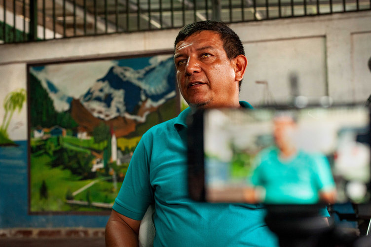 A local discusses Costa Rica and Panamas complicated relationship regarding the border.