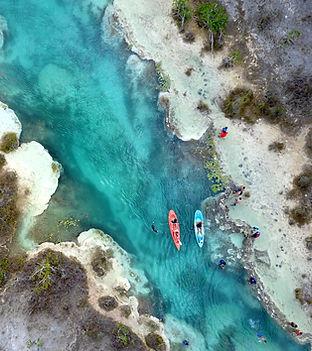 D4 - Bacalar kayak Drone.jpg