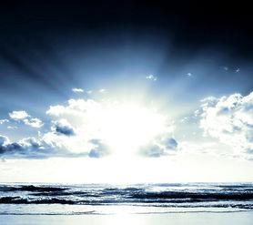 beach-1854297_edited.jpg