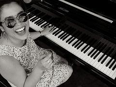 champian+fulton+big+smile+at+piano.jpeg