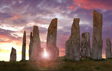 When the moon Walks upon the Earth: Tales of the Callanish Stone Circles (Tursachan Chalanais).