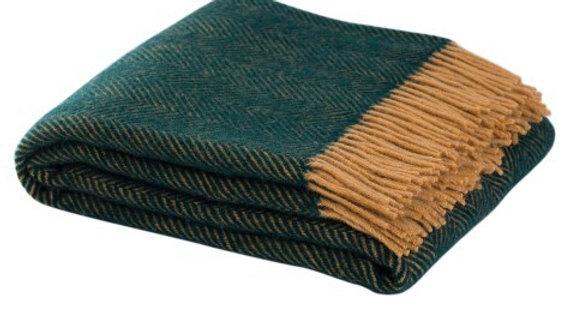 STYLE + SOUL 100% Wool Throw