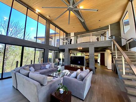 villa nambi living room.jpg