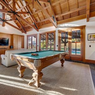 villa pool table