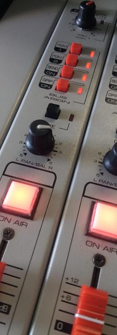 Consola Mix100