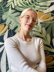 Isabella Paxton Headshot.jpg