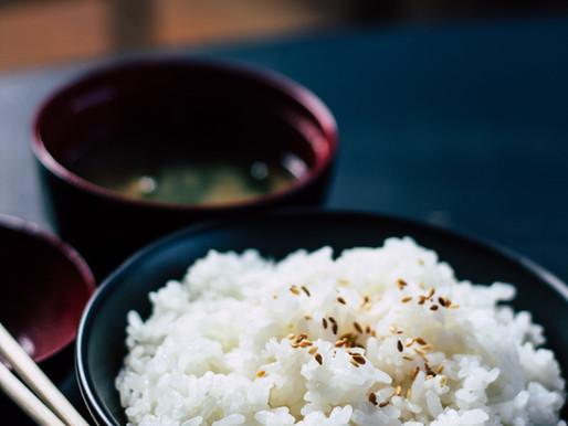 Le secret pour une cuisson parfaite du riz au jasmin à la casserole