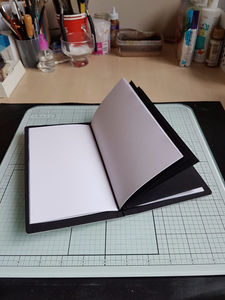 Product Review - Sizzix Scoreboards XL Die Journal by Eileen Hull