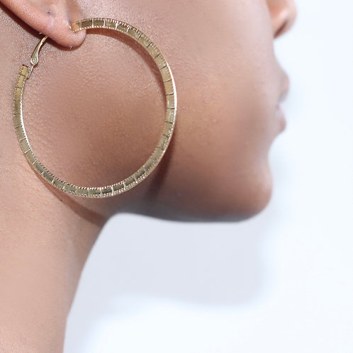 Ruler hoops comes in gold and silver click pic to view