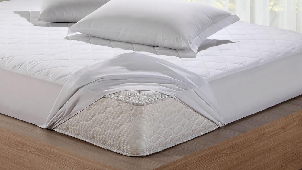 protetor de colchão impermeável roupa de cama limpa arrumada