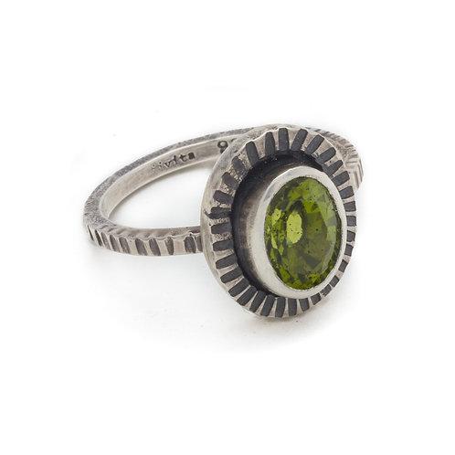 Green Grass Ring