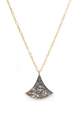 Dagoda Necklace