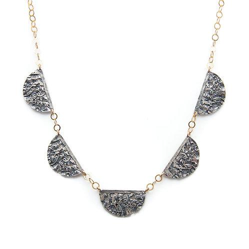 Small Scallop Necklace