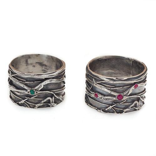 Oleada Ring with Gemstones