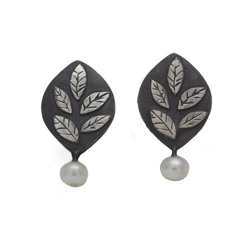 Leaf Earring with Pearl